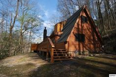 1009 Ski Mountain Rd, Gatlinburg, TN 37738