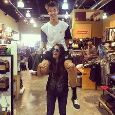Haha why do I look like a giant  @sierradallas