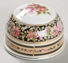 Wedgwood Clio Paper Weight