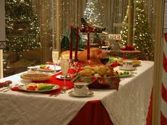 Oodlekadoodle Primitives: FESTIVE IDEAS TO DECORATE YOUR CHRISTMAS DINNER TABLE!