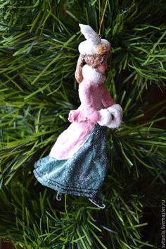 Купить Ватная елочная игрушка Фигуристка - ватная игрушка, ватное папье-маше, елочные игрушки