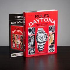 """""""Rolex Daytona Story"""" rappresenta l'edizione più importante mai realizzata sugli orologi Daytona. In allegato i prezzi aggiornati di tutti i Rolex Daytona in produzione e le valutazioni dei modelli di secondo polso.  """"Rolex Daytona Story"""" represents the most important edition that has been ever realized on Daytona watches. Enclosed is the updated price list of all Rolex Daytona watches in production and the estimates of second wrist models."""