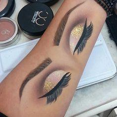 Hoje teve duplo! Espero que gostem! #makeup #maquiagem #croqui #treino