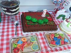 Very Hungry Caterpillar #VHC Birthday Party Food Ideas @ Girl Gone Mom