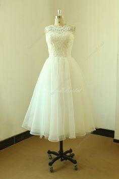 Dentelle de longueur de thé Vintage mariage robe par MermaidBridal