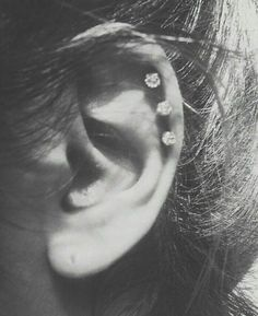 Piercing Types and 80 Ideas On How to Wear Ear Piercings  #piercings #earpiercings #accessories