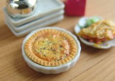 The Mouse Market - Dollhouse Miniature Tart or Quiche Plate.