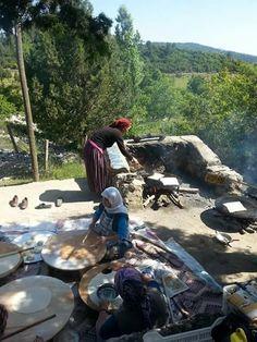 Köylü kadınları çalışkandır