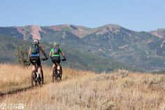 When people think of mountain biking in Utah, the first place that comes to mind is usually Moab. However, 3-hours north is another gem called Park City. (scheduled via http://www.tailwindapp.com?utm_source=pinterest&utm_medium=twpin)