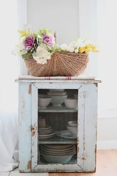 Cabinet-Shabby style