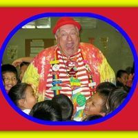 Carl E Jones aka Topper the Magic Clown is a friend of ours who is involved in a very worthwhile project supporting kiddos.  Please check out his campaign at http://www.indiegogo.com/projects/475062/emal/4104546
