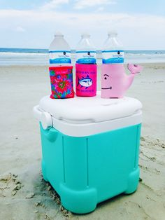 thelazyprep:  Cute koozies and coolers are mandatory for beach days