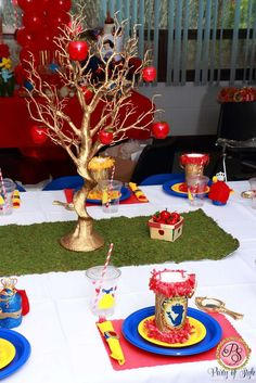 Amazing Snow White birthday party! See more party ideas at CatchMyParty.com!