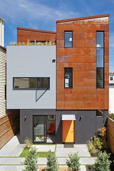 Two Homes By Zack   de Vito Architecture Share A Single Lot In San Francisco    The architect's description  Vacant parcels of land that offer a clean slate for development are rarely available in San Francisco, and almost unheard of in Noe Valley. Committed to finding opportunities to design and build in one of the most popular neighborhoods in the city, the development team of Zack de Vito Architecture + Construction have proven that vision and creativity can address this challenge.