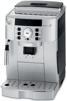 Enjoy a bold espresso, long coffee or creamy cappuccino, just the way you like it. The compact Magnifica XS boasts the advanced features of DeLonghi's super-automatic espresso machines with a smaller footprint. DeLonghi's Rapid Cappuccino System p… Cappuccino Maker, Espresso Maker, Coffee Maker, Cappuccino Coffee, Espresso Shot, Espresso Machine Reviews, Best Espresso Machine, Coffee Type, Coffee Shop