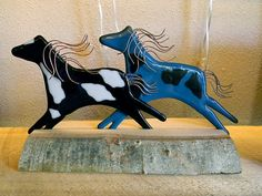 Hey, I found this really awesome Etsy listing at https://www.etsy.com/listing/161300649/running-horses-fused-glass-duo