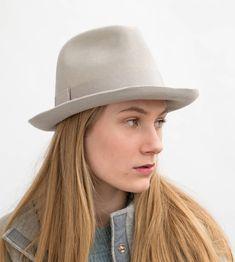 Trilby,Fedora,Damen Filzhut,Herrenhut,Women hat,felt hat,stylisch,stilvoll Designermode,Must have, Millinery, handmade, Filzhut, Elodie,