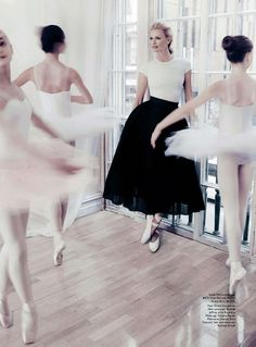Vogue Australia August 2014 ♥ Wonderful! www.thewonderfulworldofdance.com.  Via @angelagiangiuli.  #ballet #dance