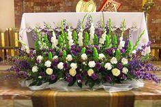 Altar Flowers, Tall Flowers, Church Flowers, Funeral Flowers, Church Wedding Decorations, Altar Decorations, Flower Decorations, Decorations Christmas, Easter Flower Arrangements