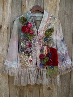 Your place to buy and sell all things handmade Satin Roses, Red Roses, Ropa Shabby Chic, Top Casual, Altered Couture, Antique Lace, Vintage Textiles, Embroidered Silk, Vintage Jacket