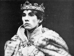 A young Ian McKellen as Richard II, in 1968