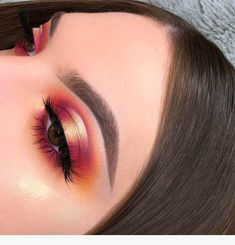 Gorgeous 130 Eye makeup ideas you might want to try