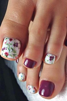 Toe Nail Art Designs with Flowers Fall Pedicure, Pedicure Nail Art, Toe Nail Art, Jamberry Pedicure, Wedding Pedicure, White Manicure, French Pedicure, White Nail, Acrylic Nails