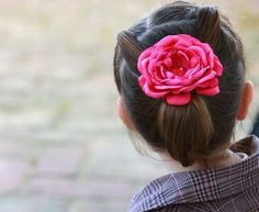 How to Start a Business Selling Hair Bows thumbnail