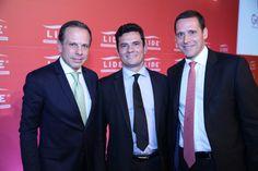 Depois da propina da merenda, Capez (PSDB) é pego na propina da Odebrecht   acima Fernando Capez (PSDB/SP) Junto com o Juiz da Lava Jato Sergio Moro e o Prefeito de São Paulo João Dória
