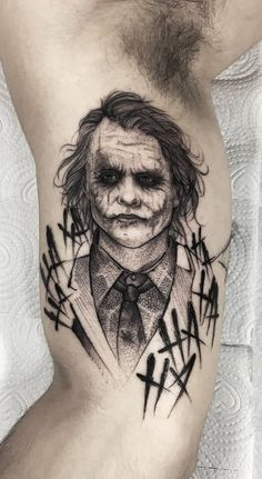 50 Tatuagens do Coringa Impressionantes para se inspirar | TopTatuagens Forarm Tattoos, Life Tattoos, Body Art Tattoos, Sleeve Tattoos, Tattoos Masculinas, Joker Tattoos, Tattos, Marvel Tattoos, Black Ink Tattoos
