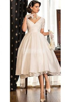 Vintage Champagne Short Sleeves Knee-length Wedding Dress