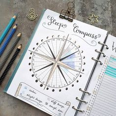 I went for a circular sleep tracker again which is supposed to look like a compass! I love to track total hours of sleep as well as sleep quality which I do by using different colours . Have great Sunday everyone! . . . #bulletjournal #filofaxclipbook #filofax #ringbinder #bujolove #bulletjournaling #bujoideas #bujo #callographie #journal #sleeptracker #sleeplog #bujotracker