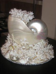 Sea Shell & Coral Cake Topper/Table Decor by ShellDecor on Etsy Seashell Painting, Seashell Art, Seashell Crafts, Seashell Centerpieces, Pearl Centerpiece, Seashell Display, Seashell Ornaments, Ocean Crafts, Beach Crafts