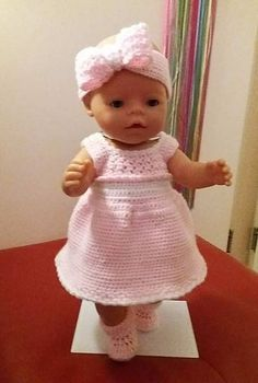 Baby born kledingsetje - Lilly is Love Doll Clothes Patterns, Clothing Patterns, Baby Born Clothes, Baby Bjorn, String Bag, Baby Sweaters, Knitted Bags, Cute Dolls, Baby Knitting Patterns