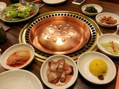 Korean appetizers and salad -- we looove the salad! Korean Appetizers, Korean Food, I Foods, Pudding, Salad, Desserts, Tailgate Desserts, Deserts, Korean Cuisine