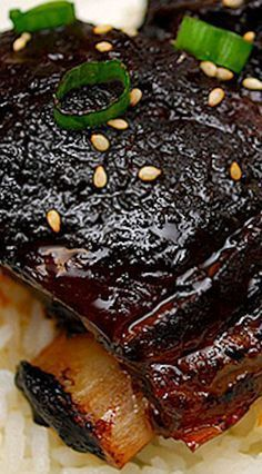 Korean Style Short Ribs (Crockpot) What's Cookin' Chicago – Korean Style Short Ribs recipe More from my siteOur 24 Best Rib Eye Steak Recipes Our 24 Best Rib Eye Steak Recipes Steak Au Poivre with Red Wine Pan Sauce Crock Pot Recipes, Rib Recipes, Crock Pot Cooking, Slow Cooker Recipes, Asian Recipes, Cooking Recipes, Cooking Dishes, Cooking Oil, Recipies