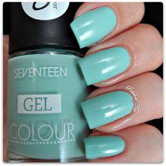 SEVENTEEN Gel Colour in Mint Cooler