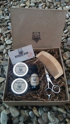 Barbe Grooming Kit huile cire baume peigne par BeardedBearProducts