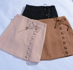Юбка AliExpress Women's Vintage High Waist External Pocket Tight Suede Lace Up Skirt Autumn Winter Thick Pencil Skirt Preppy Mini Skirt фото Girls Fashion Clothes, Kpop Fashion Outfits, Womens Fashion, Classy Outfits, Chic Outfits, Lace Up Skirt, Suede Skirt, Vintage Skirt, Skirt Outfits