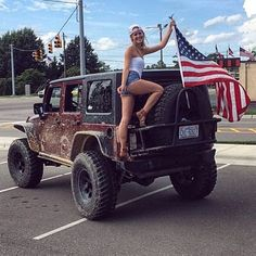 jeepbeef: @cnlindholm happy 4th #jeepher #jeep