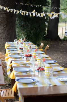 A delightful tablescape for an outdoor summer party! From @lovetheday #decor #partyideas #cookout #cuteideas #garland #plates #patterns