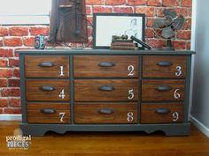 Vintage Industrial Style Dresser Console por ProdigalPieces en Etsy