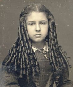 vintage everyday: Victorian Women Hairstyles: One of the Most Uncomfortable Fashions of all Times