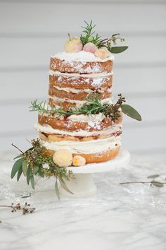 #NakedCake #almostnakedcake #frosted #summercake #weddingcake Cake by Belle Soul Weddings www.bellesoulweddings.com Photo by Jessica Pettey