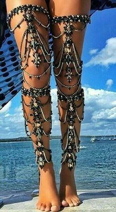 Boho Gypsy ⚜️ Ꮗiℓd 'ɲ' Frƹƹ™ - Beach Mode Boho Gypsy, Bohemian Jewelry, Bohemian Style, Boho Chic, Vintage Jewelry, Western Jewelry, Dainty Jewelry, Wooden Jewelry, Indian Jewelry