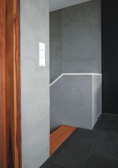 FRESCOTON® - der gespachtelte Beton / the plastered concrete