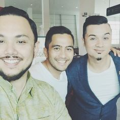 A few years ago we were in Hero Malaya a collective of singers actors and TV presenters who got together to raise funds for the less fortunate. We did a few successful campaigns led by Datuk @aznilnawawihm. This was before social media was an everyday thing. Time flies huh @FarishAziz Dato' @FazleyYaakob. Thinking of u guys! @maulanamohamed @iqramdinzly @zoeyrahman @syafienaswip