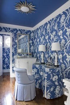 A Peek at Kelley Proxmire's Recent Projects - Designer Kelley Proxmire - Lonny Mixing Patterns, colors and textures Interior, Blue Rooms, White Decor, White Houses, Blue Ceilings, White Rooms, Blue White Decor, Interior Design, Blue And White