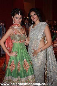 Asian Fashion Blog: Ekta Solanki wins Collection of the Year at the 2010 International Asian Fashion Awards