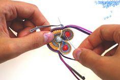 Margita, hand embroidered jewelry.: tutorial